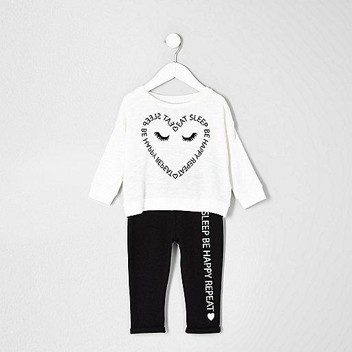 Pyjama mit Herzprint in Creme
