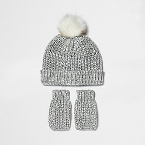 Mini girls silver bobble hat and handwarmers