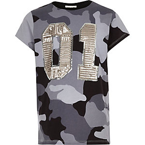 Girls grey camo sequin oversized T-shirt