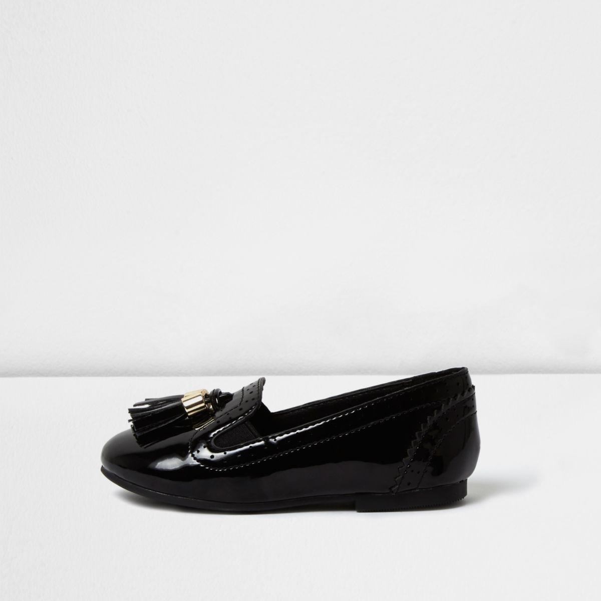 Mocassins style richelieu noirs vernis à pampilles mini fille