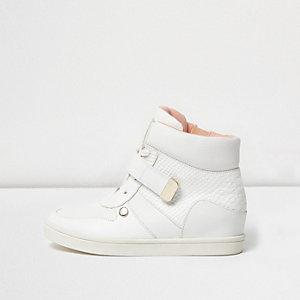 Weiße Keilabsatz-Sneaker