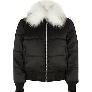 Zwarte gewatteerde jas met rand van imitatiebont voor meisjes