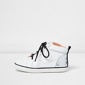 Mini girls white lace up smudge sneakers