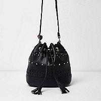 Schwarze Duffle-Bag mit Laserschnittmuster