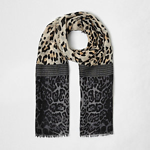 Girls brown block animal print scarf