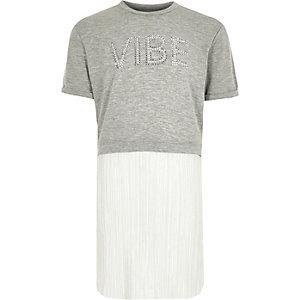 Grijze T-shirtjurk met plooien en glitters