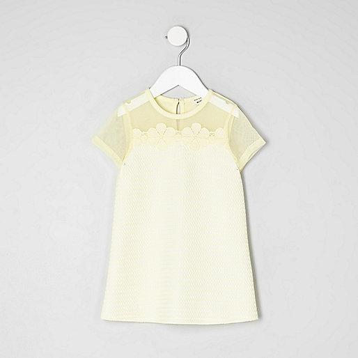 Mini girls mesh flower applique T-shirt dress