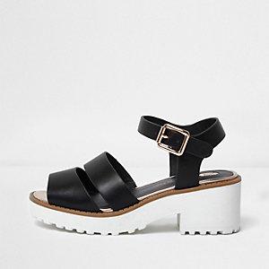 Schwarze, klobige Sandalen mit Kontrastsohle
