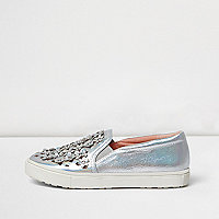 Girls silver floral applique plimsolls