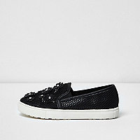 Girls black floral applique mesh plimsolls