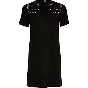 Schwarzes T-Shirt-Kleid im Western-Style