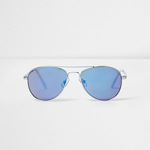 Blue aviator silver tone sunglasses