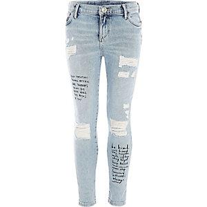 Amelie – Skinny Jeans mit Zitatprint