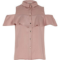 Chemise rose poudré à épaules dénudées à volants