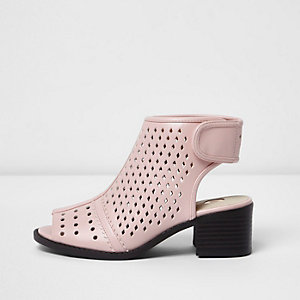 Girls pink laser cut block heel shoe boots