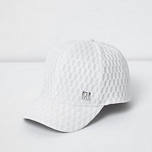 Strukturierte Kappe mit Mesh-Einsatz