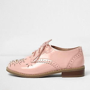 Girls pink laser cut brogues