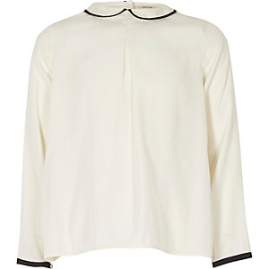 Girls white peter pan pleated top