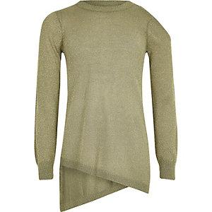 Pullover in Oliv mit asymmetrischem Saum