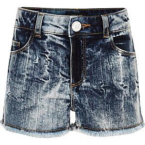 Blaue Boyfriend-Shorts in Acid-Waschung