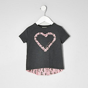 Mini girls dark grey heart pleated T-shirt
