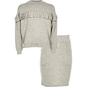 Set van grijze sweater met ruches en rok