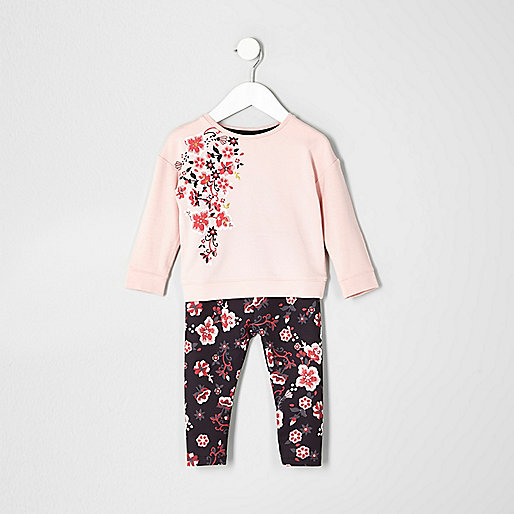 Mini girls pink floral sweatshirt outfit