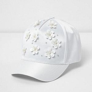 Witte satijnen pet met 3D-bloemen voor meisjes