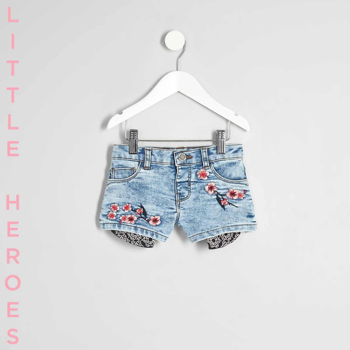 Mini girls blue embroidered denim shorts