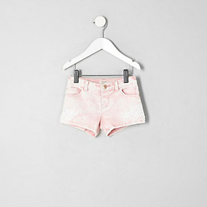 Mini girls pink crochet denim shorts