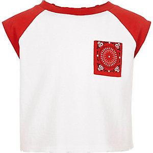 Girls cream raglan sleeve cropped T-shirt