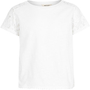 Girls white lace sleeve T-shirt