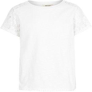 T-shirt blanc à manches en dentelle pour fille