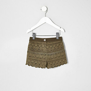 Mini girls khaki crochet shorts