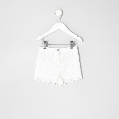 Mini Witte gehaakte short voor meisjes