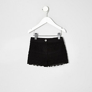 Mini girls black washed crochet shorts