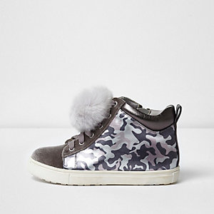 Girls pink camo pom pom hi top trainers