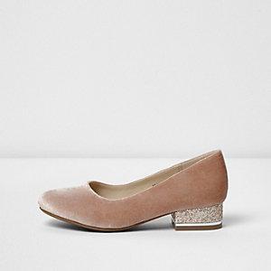 Girls pink glitter block heel court shoes