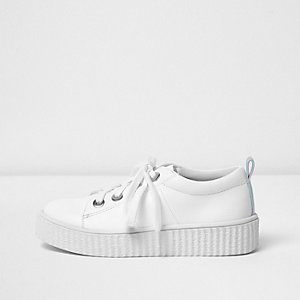 Girls white lace-up flatform plimsolls