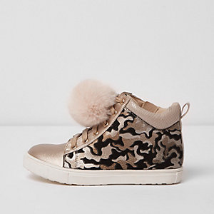 Girls cream camo print high top trainers