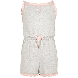 Combi-short de pyjama bordé de dentelle fille