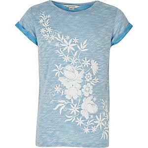 Lichtblauw T-shirt met bloemen en opgerolde mouwtjes voor meisjes