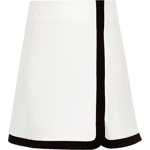 Girls white A-line monochrome skirt