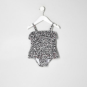 Pinker Badeanzug mit Leopardenmuster