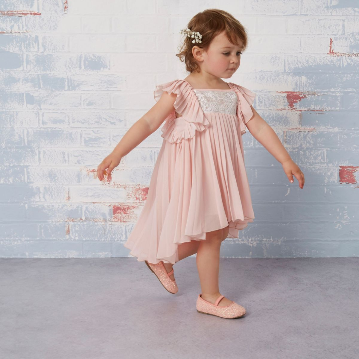 Mini girls pink pleated lace trapeze dress