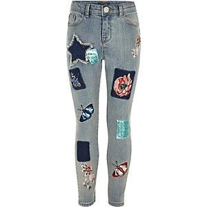 Amelie – Blaue, bestickte Skinny Jeans