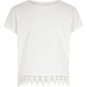 Girls white crochet hem T-shirt