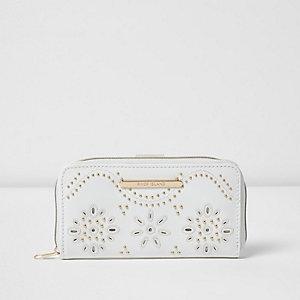 Witte portemonnee met studs, laser-cut en rits voor meisjes