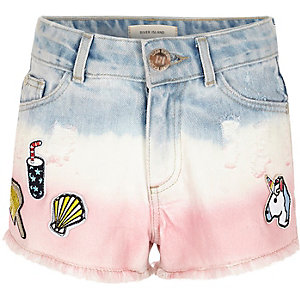 Girls pink tie dye badged denim shorts