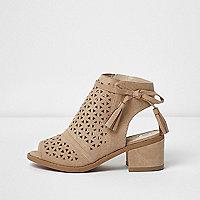 Girls beige laser cut block heel shoes